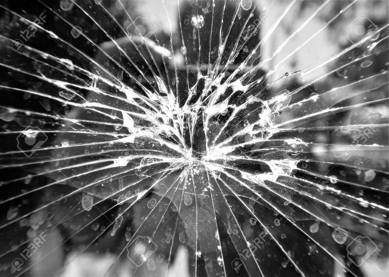 REALITY PROGRAMI: Ogledalo koje bismo rado razbili