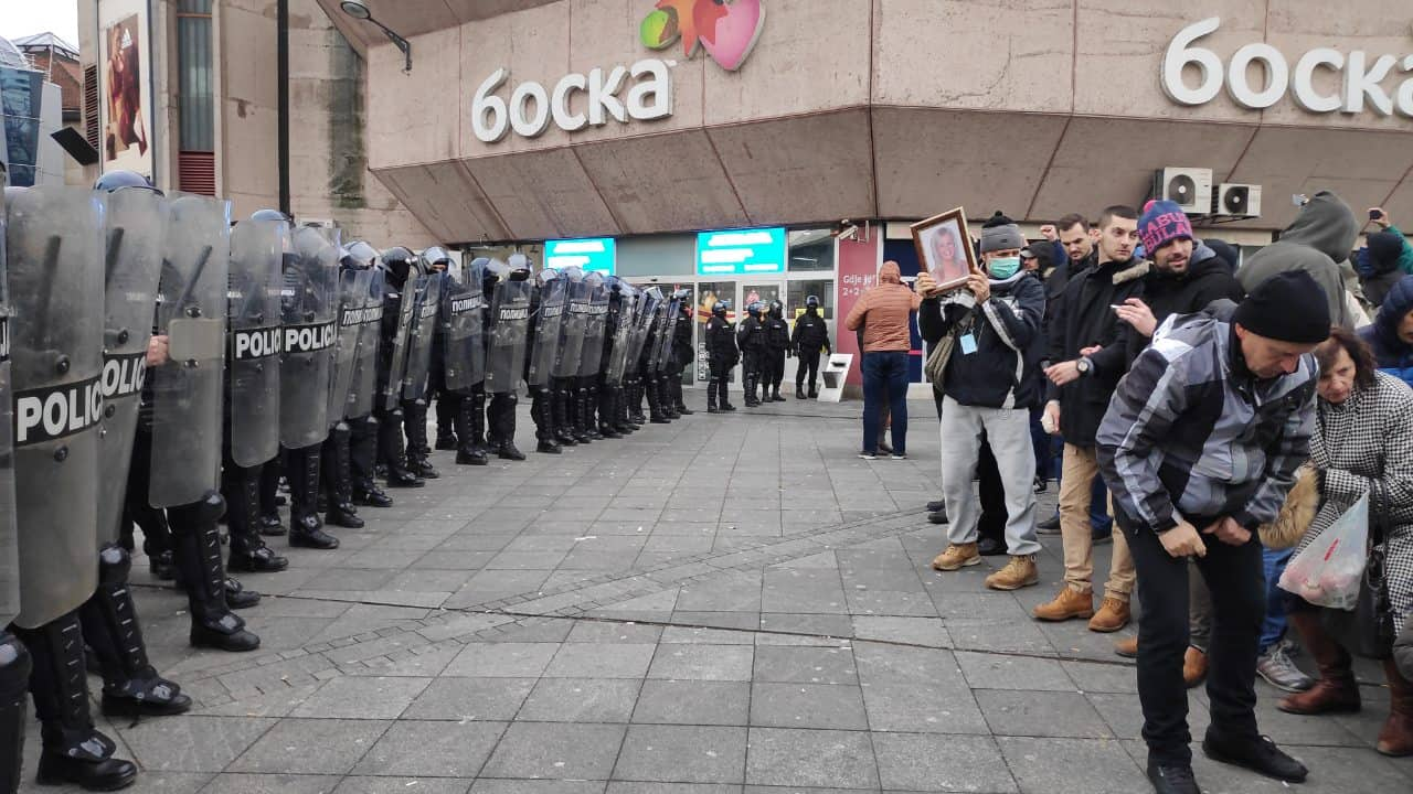 POZDRAV SA TRGA KRAJINE: Jedva čekam Paradu policije!
