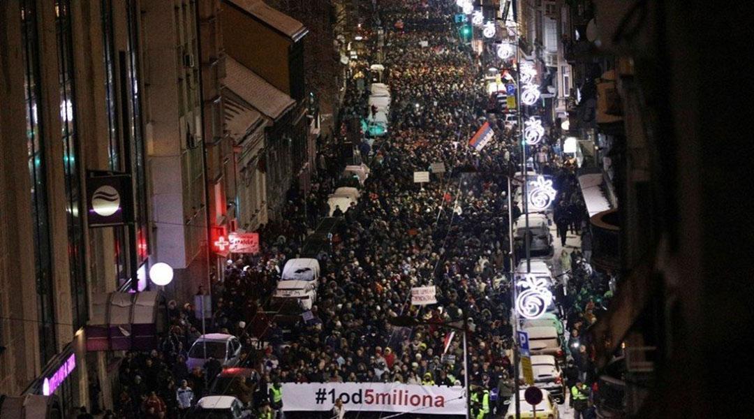 PROTESTI I MEDIJI: RTS – vaše pravo da ne znate ništa!