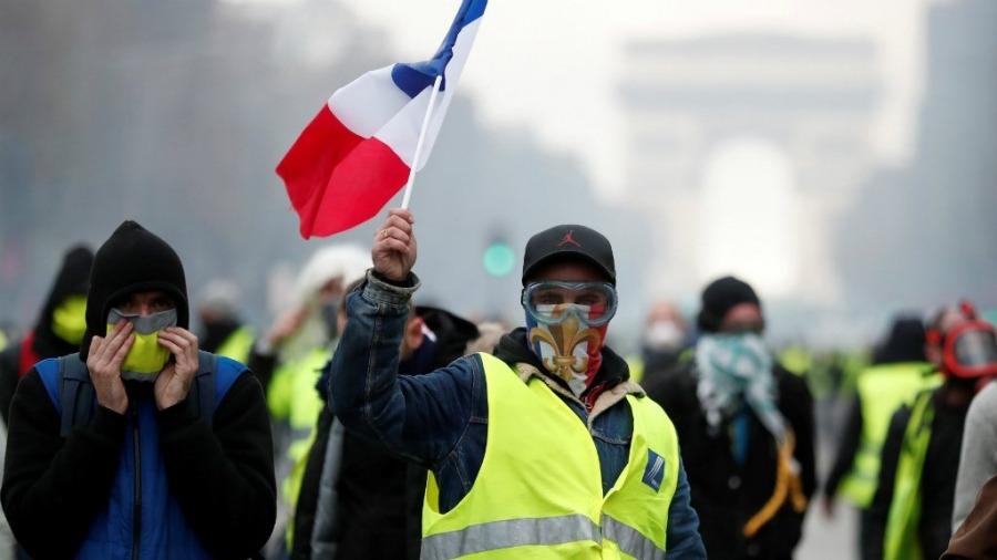 """FRANCUSKA: Na meti """"žutih prsluka"""" i novinari"""