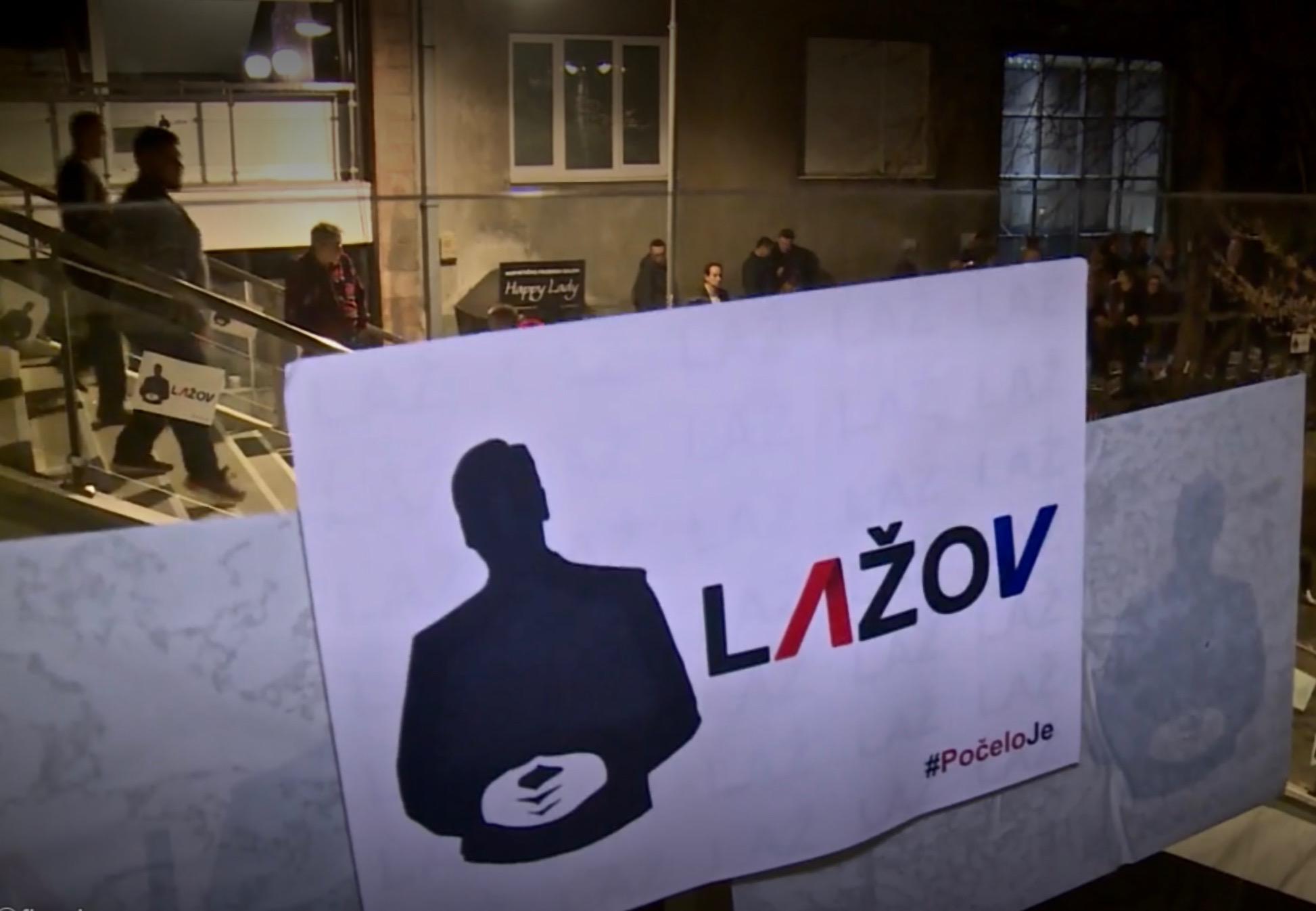 """Građanska """"blokada"""" RTS-a tokom protesta u Beogradu"""
