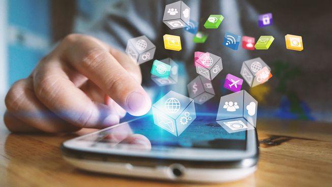Tehnološki giganti društvenih mreža zapeli na uklanjanju sadržaja s mreža
