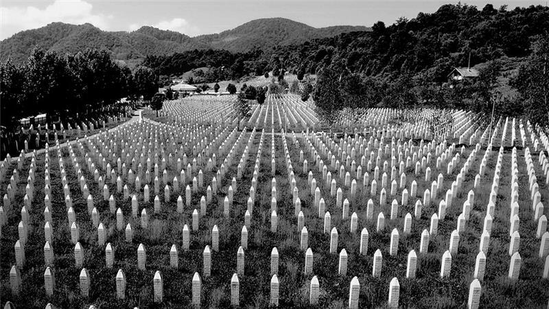 FAKE & SPIN: Masovne grobnice kao humana i higijenska obaveza