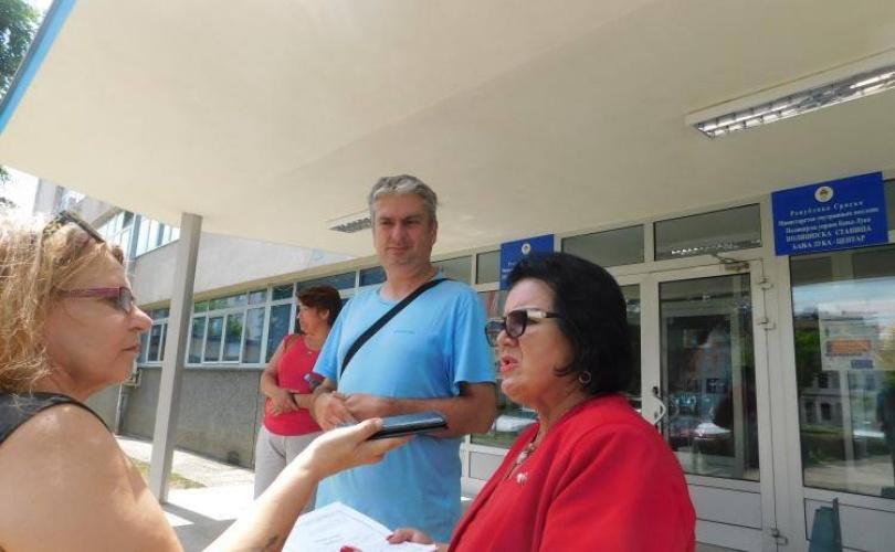 NASTAVLJA SE PROGON AKTIVISTA: Zbog prisustva skupu na Trgu Krajine policija saslušala novinara Impulsportala