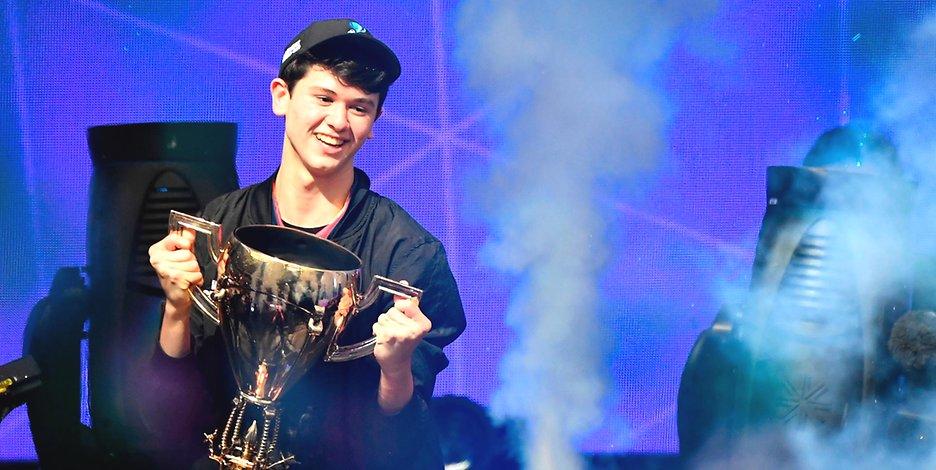 Tinejdžer osvojio tri miliona dolara na Prvenstvu Fortnite igre