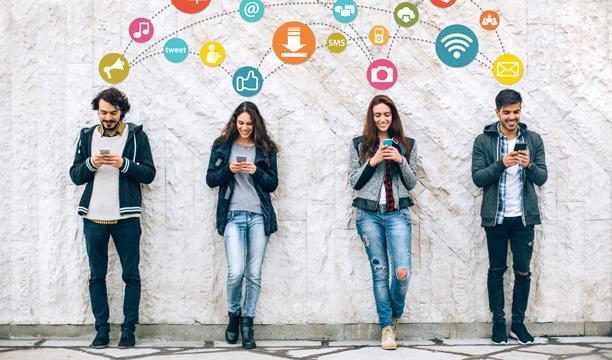 Borba protiv lažnih vijesti na internetu da 5G izaziva koronu, a da je liječi sirće