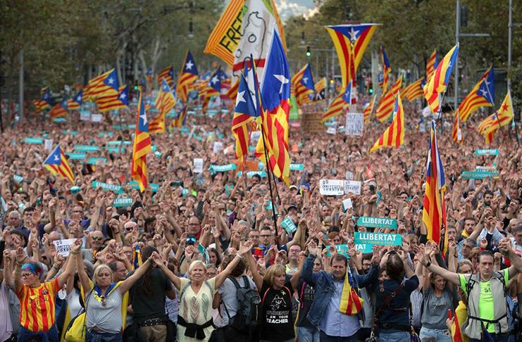 Mijatović pozvala da se istraže svi prijavljeni slučajevi napada na novinare u Kataloniji