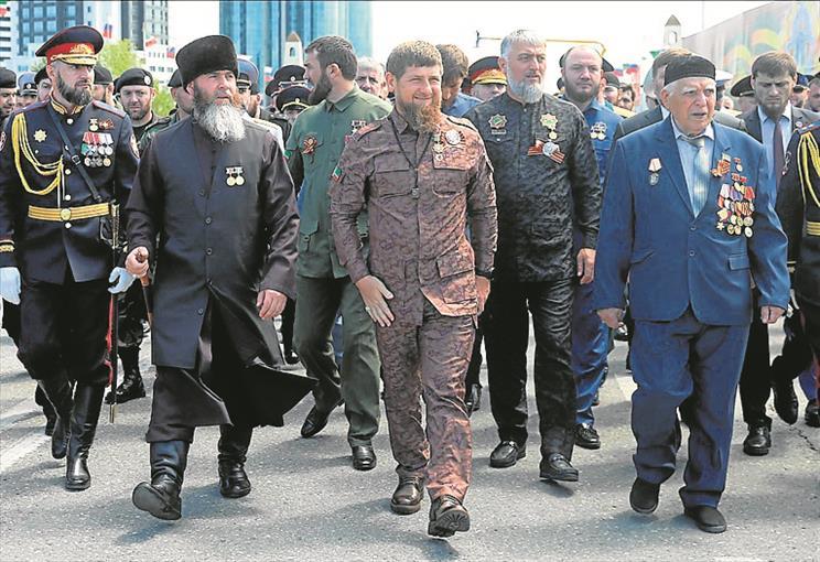 Rulja od 15 ljudi napala novinarku i braniteljicu ljudskih prava u Čečeniji