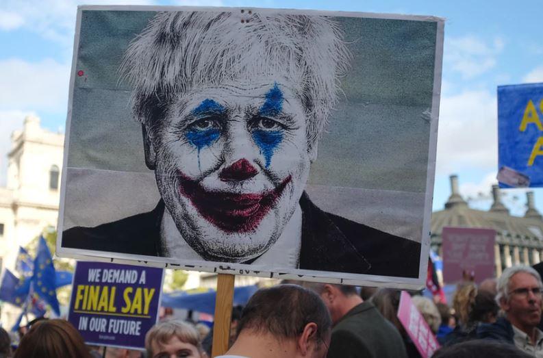Novinari napustili brifing o daljnjim pregovorima Velike Britanije sa Evropskom unijom