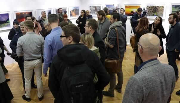 U Sarajevu humanitarna izložba bh. fotoreportera