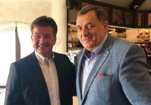 Lajčak smatra da se odnosi Srbije i Kosova ne mogu riješiti bez BiH. Dodik mu u tome svesrdno pomaže!