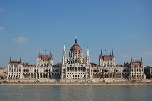 Mađarska će usvojiti zakon koji predviđa zatvorske kazne zbog širenja dezinformacija