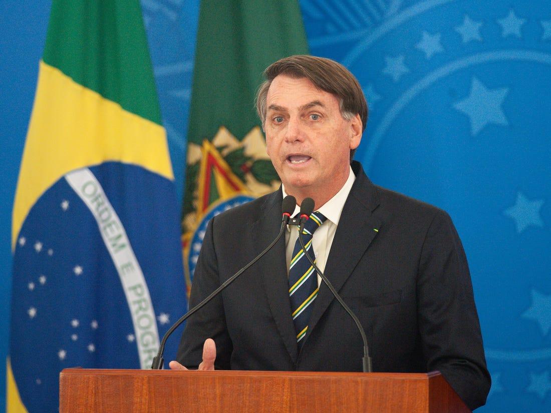 Facebook i Instagram povukli Bolsonarove snimke jer šalju lošu poruku