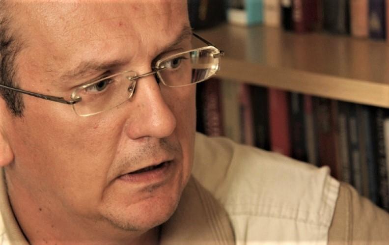 ASIM MUJKIĆ: Na pragu smo čiste autokratije predvođene trojicom narodnih poglavica
