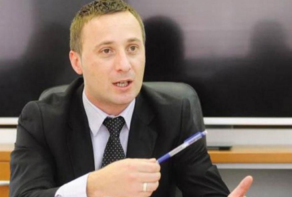 SLIJEPI PATRIOTIZAM: Laži Milorada Kojića o stradanju Srba u Srebrenici i oko nje