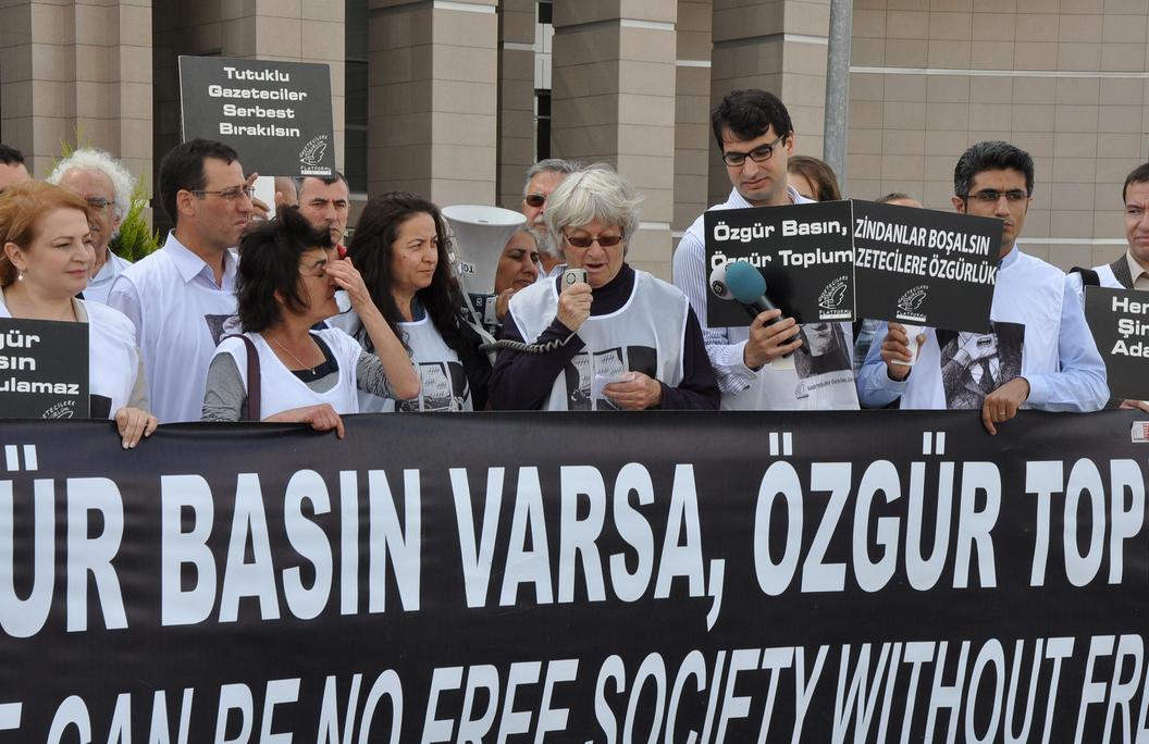 Turska osudila novinare na zatvor zbog otkrivanja državnih tajni