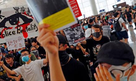 U Hong Kongu masovna hapšenja prodemokratskih aktivista