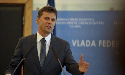 Je li moguće da Fadil Novalić ne reagira na odlazak 13 anesteziologa? U doba pandemije!