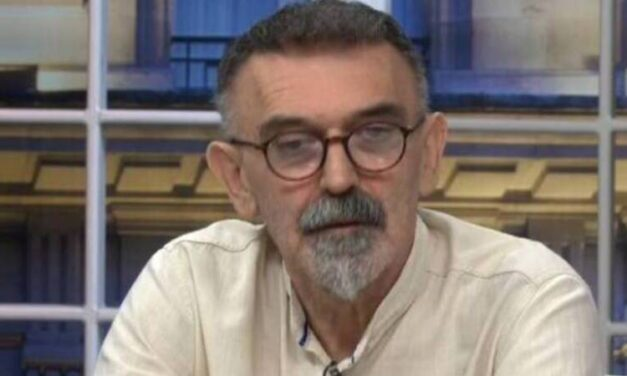 ZOO PRIČA KOJU NISMO TRAŽILI: Vučić štiti Kornjaču, a u drugu državu šalje Kobre!